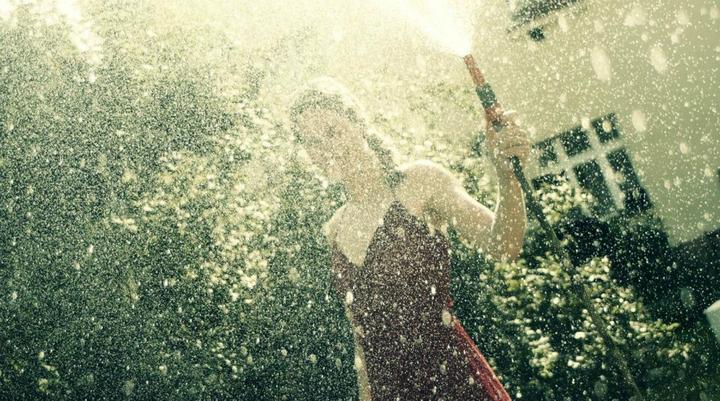A{{_AND_}}M - prší štěstí...a dá se vypnout :D