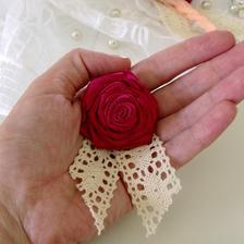 Moje pierka :) krásne ružové.... ak sa niekomu zapáčia viem ich ešte vyrobiť :)