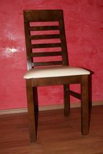 stol este nie je poskladany tak zatial foto aspon jednej stolicky