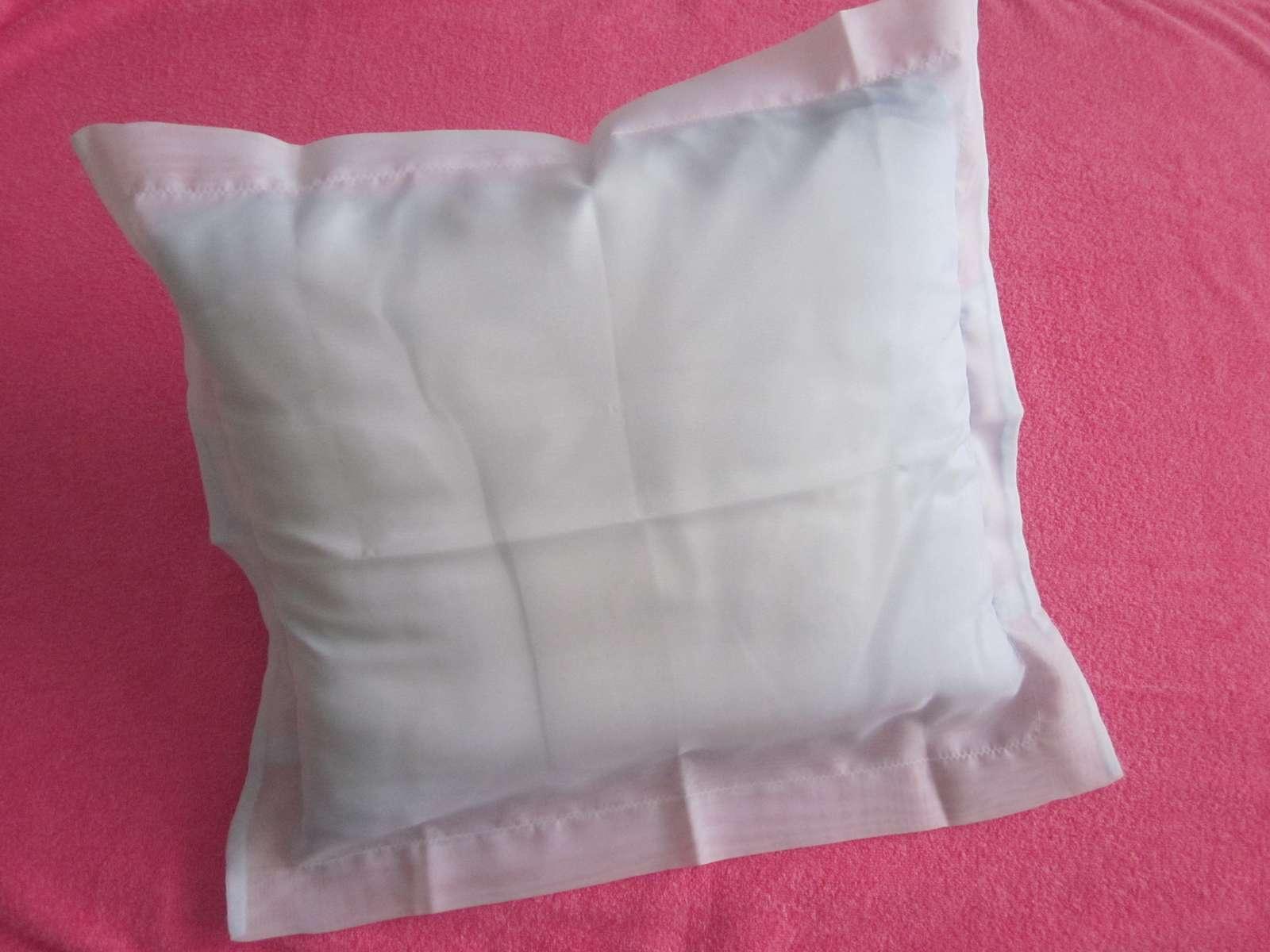 2 x svetlomodrá obliečka na vankúš - nepoužité - Obrázok č. 1