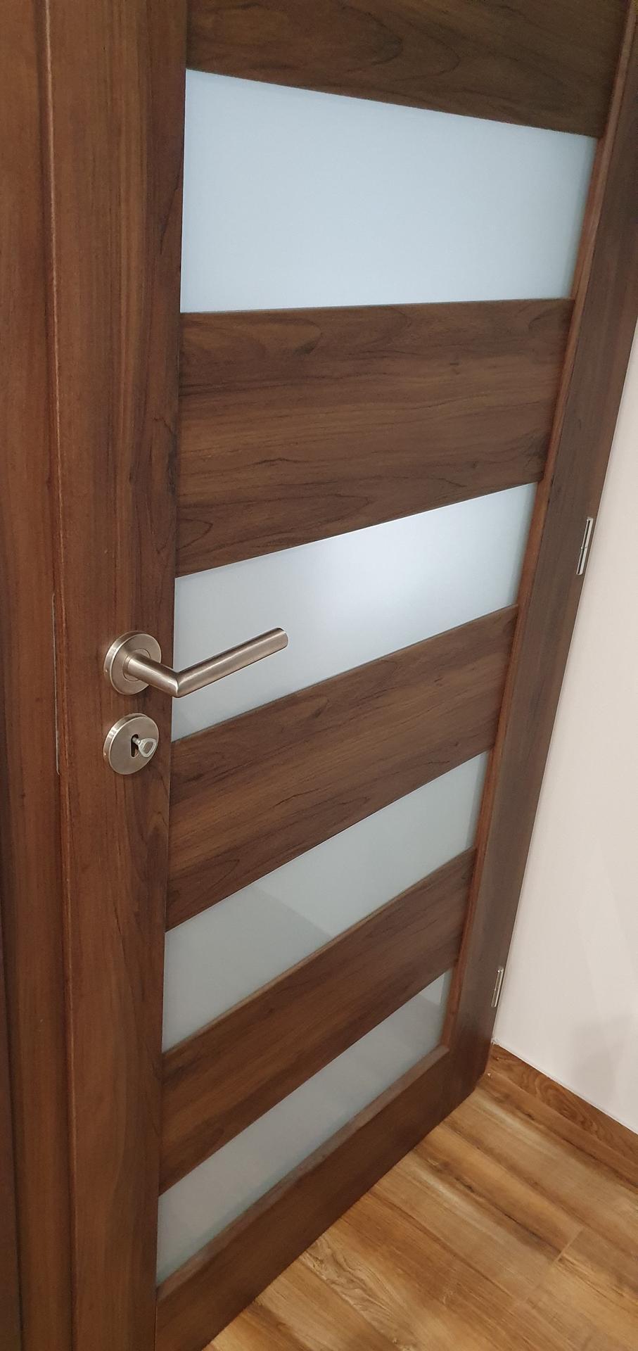 Dobry vecer, jake dvere... - Obrázek č. 2