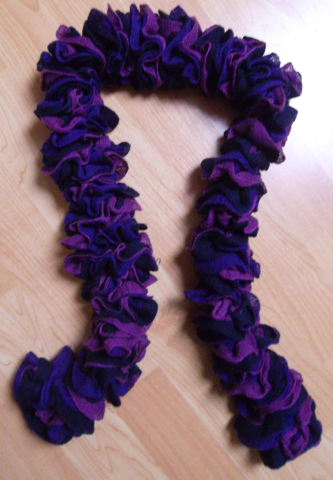 Šála fialová - Obrázek č. 1