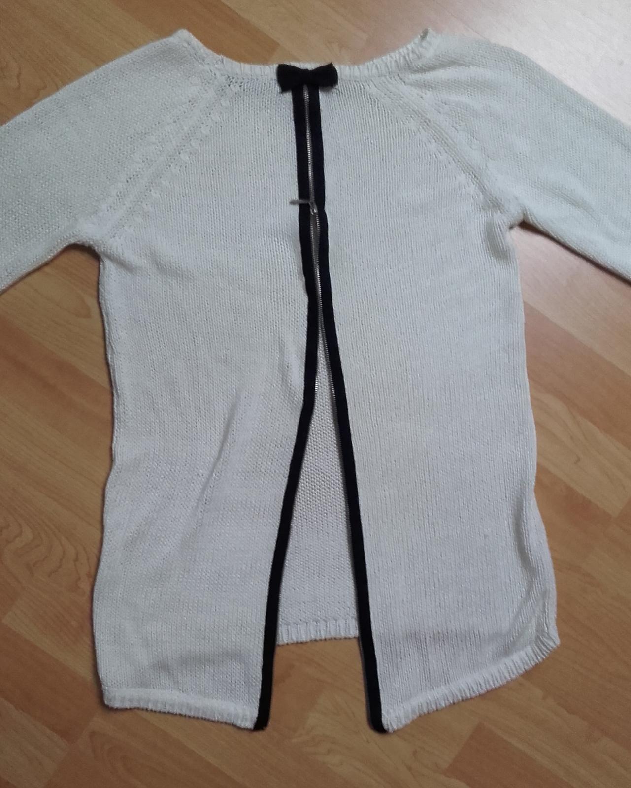 Krémový svetr vzadu s mašličkou a zipem - Obrázek č. 1
