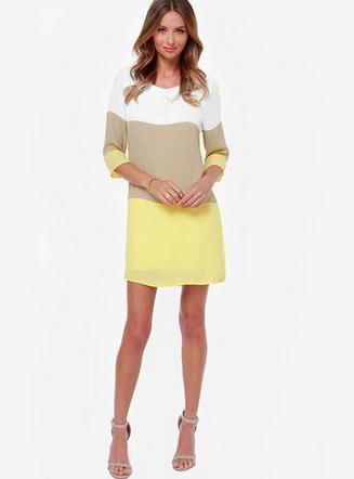 Lehké šaty pruhované  - Obrázek č. 2