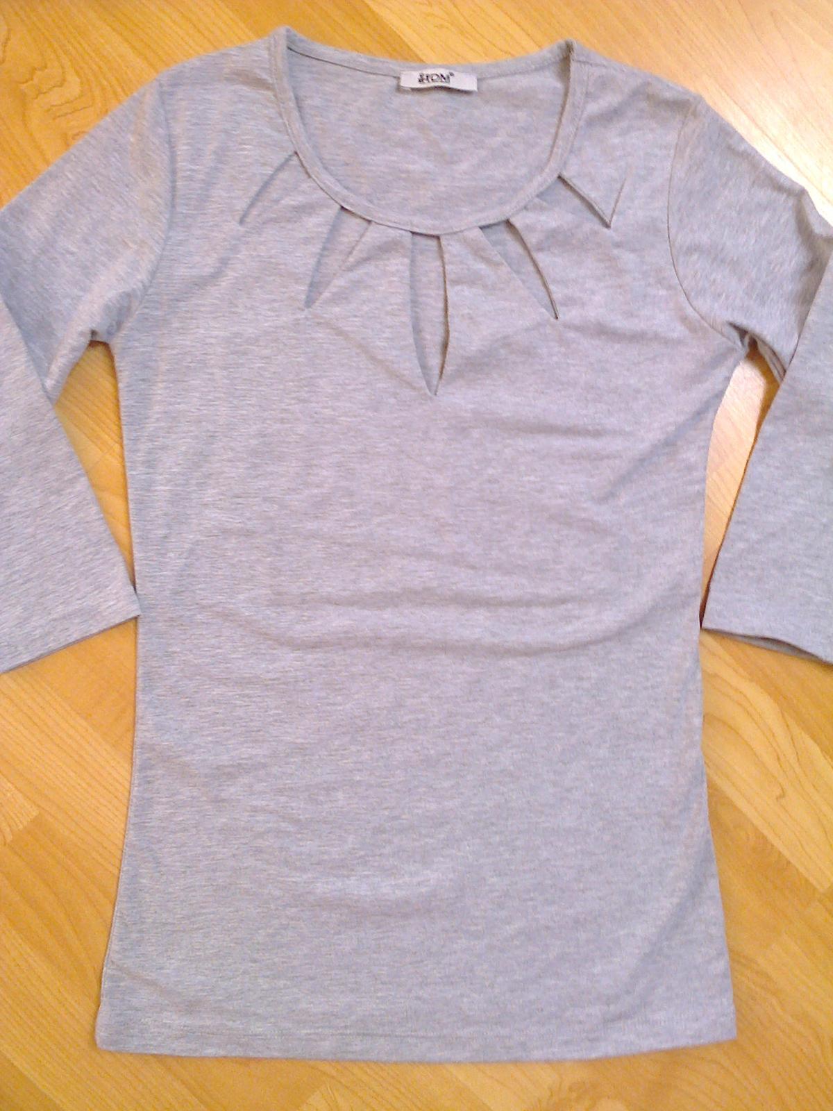 Tričko s průstřihy  - Obrázek č. 1