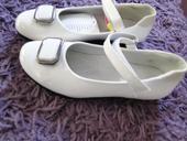 Sviatočné topánky, 33