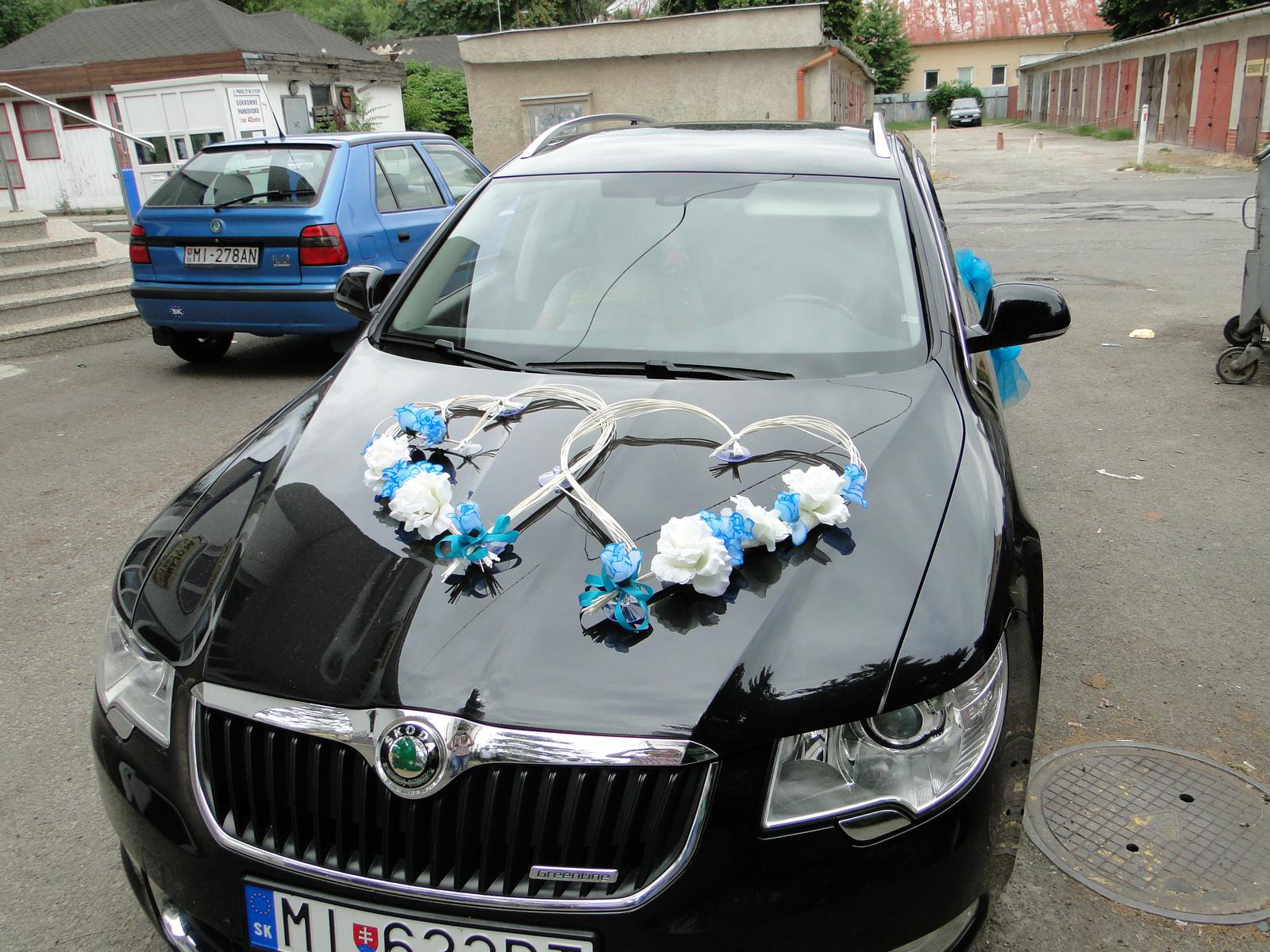 Tyrkysová výzdoba na auto A 020 - Obrázok č. 2