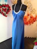 Spoločenske šaty modrej farby, 38