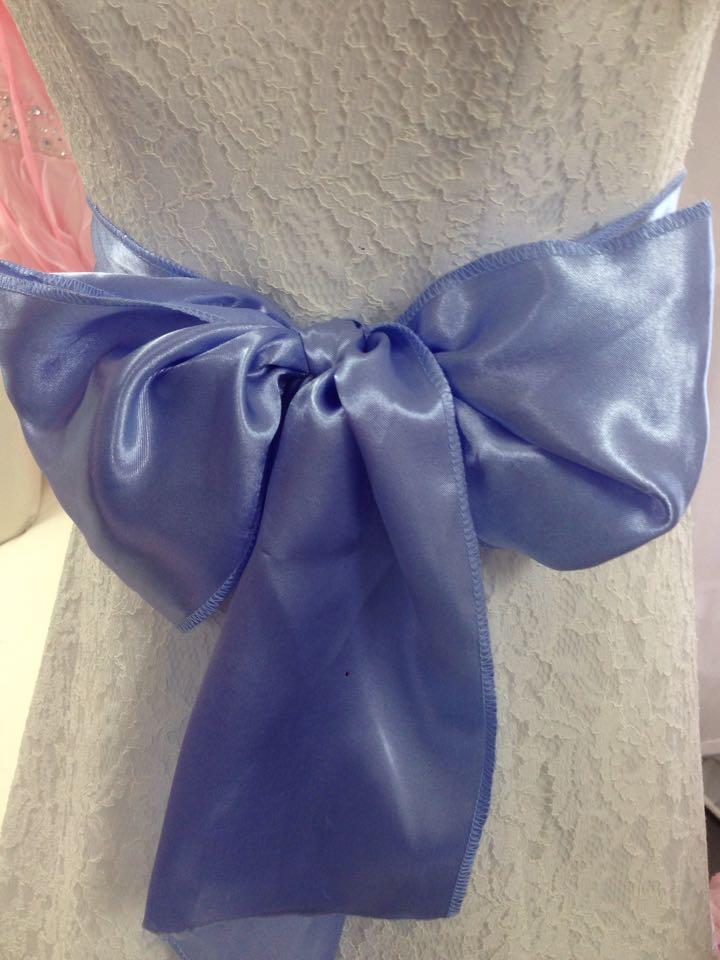 Svetlo modra mašľa na stoličku - Obrázok č. 1