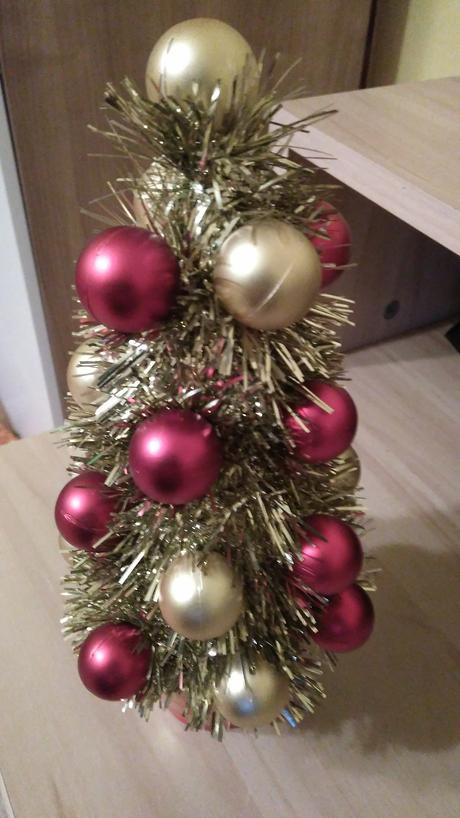 Vianočná dekorácia-stromček - Obrázok č. 1