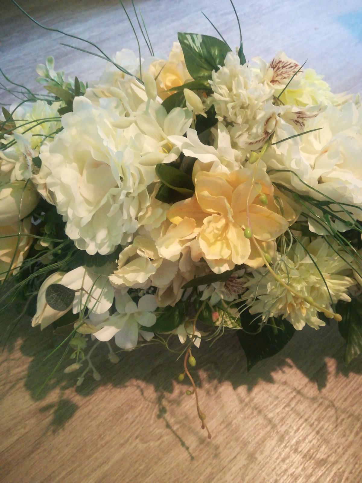 Ikebana na stôl - Obrázok č. 1