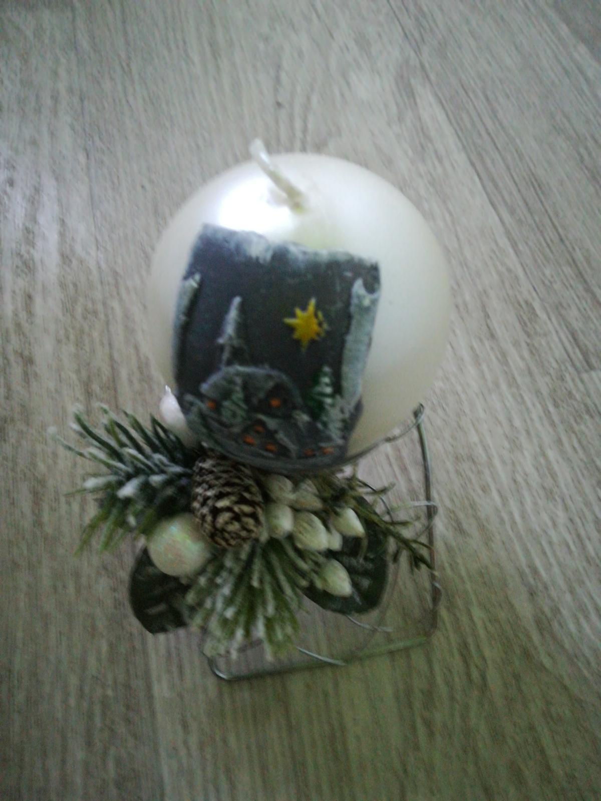 Vianočný svietnik spolu so sviečkou - Obrázok č. 1