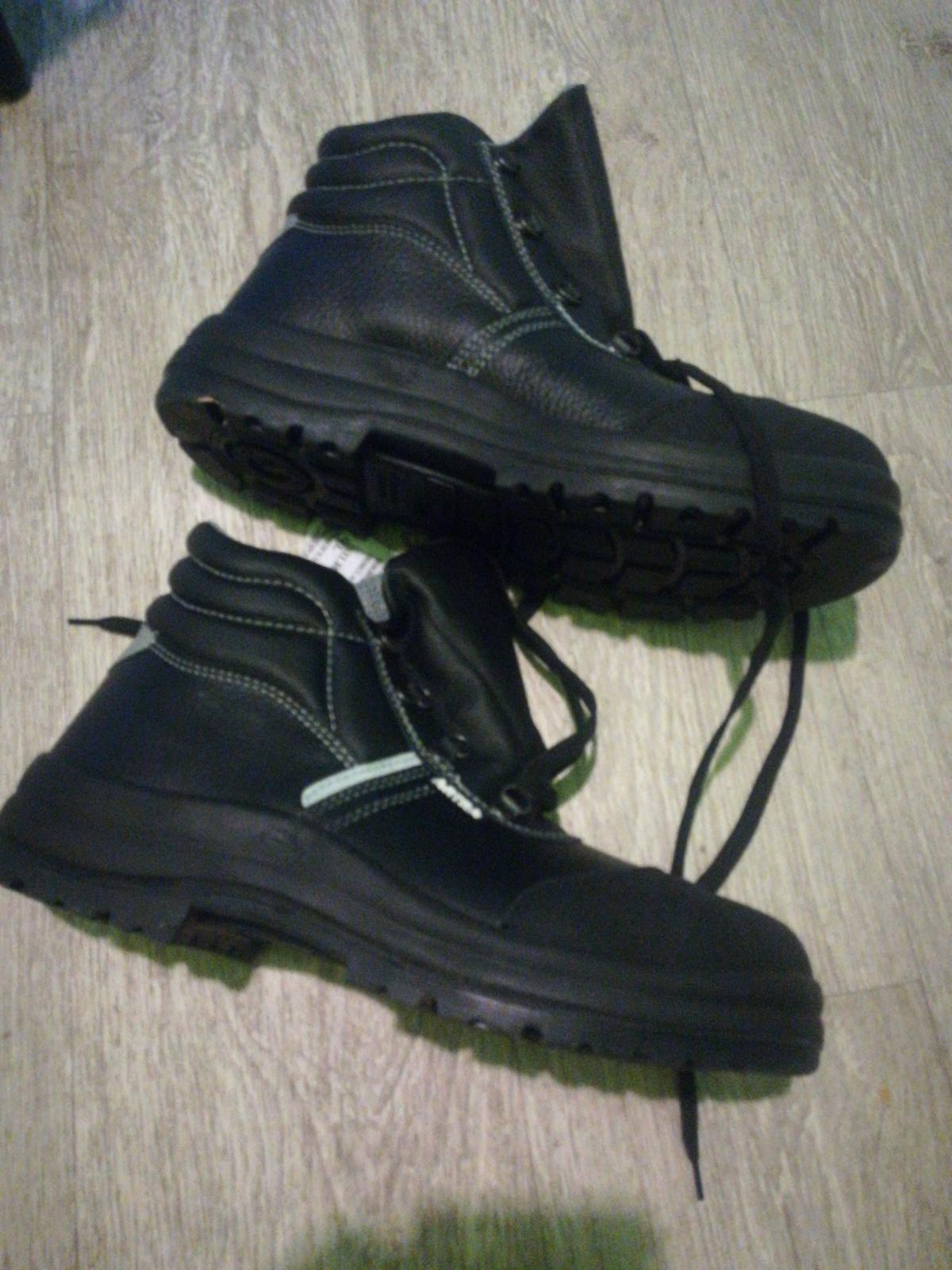 Pracovná obuv veľkosť 41 oceľová špička - Obrázok č. 2