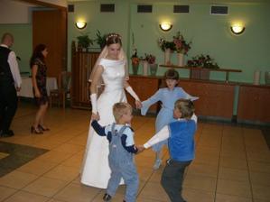 Hlavní tanečníci svadby :)