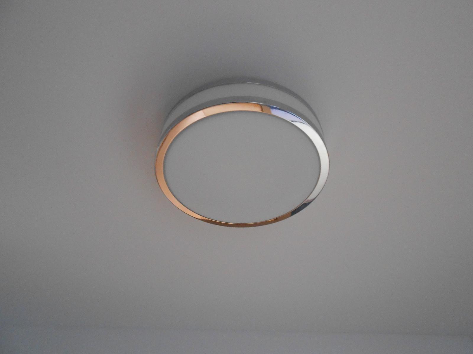 Naše Nova 101 - Osvětlení do koupelny