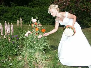 v zahrade