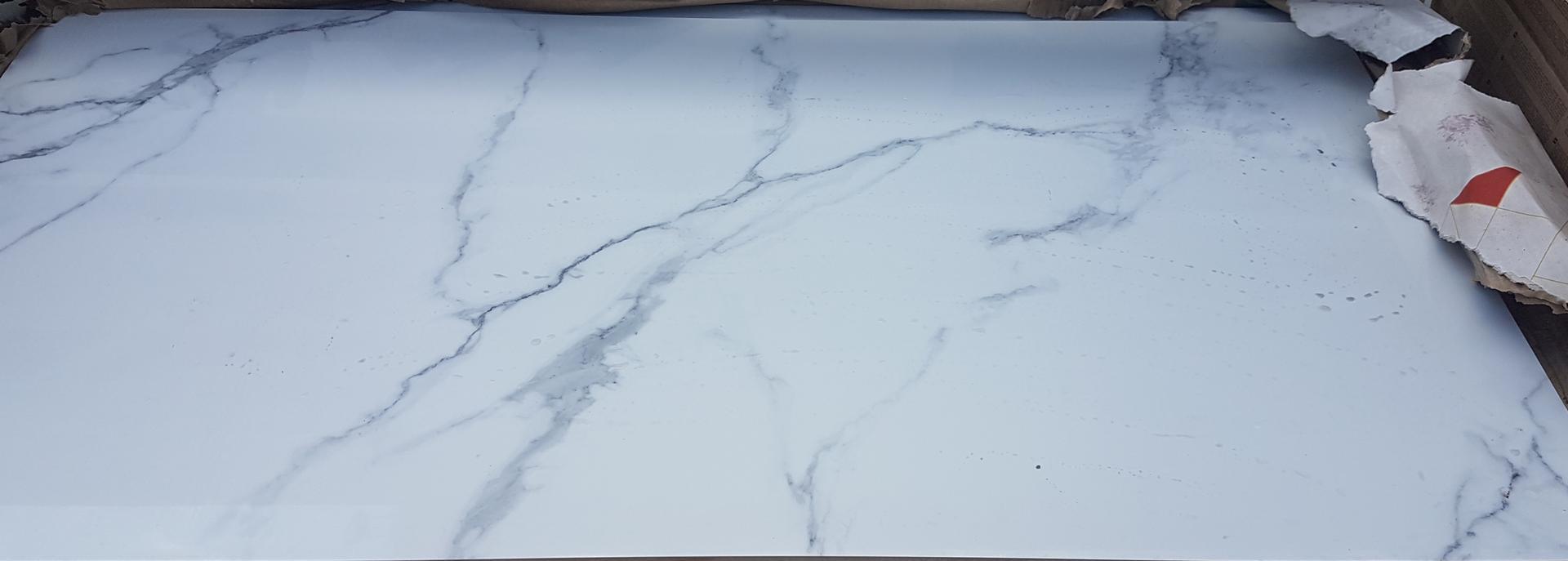 Dnes prišiel obklad 60x120cm do kúpeľne a aj dlažba 💪 - Obrázok č. 1