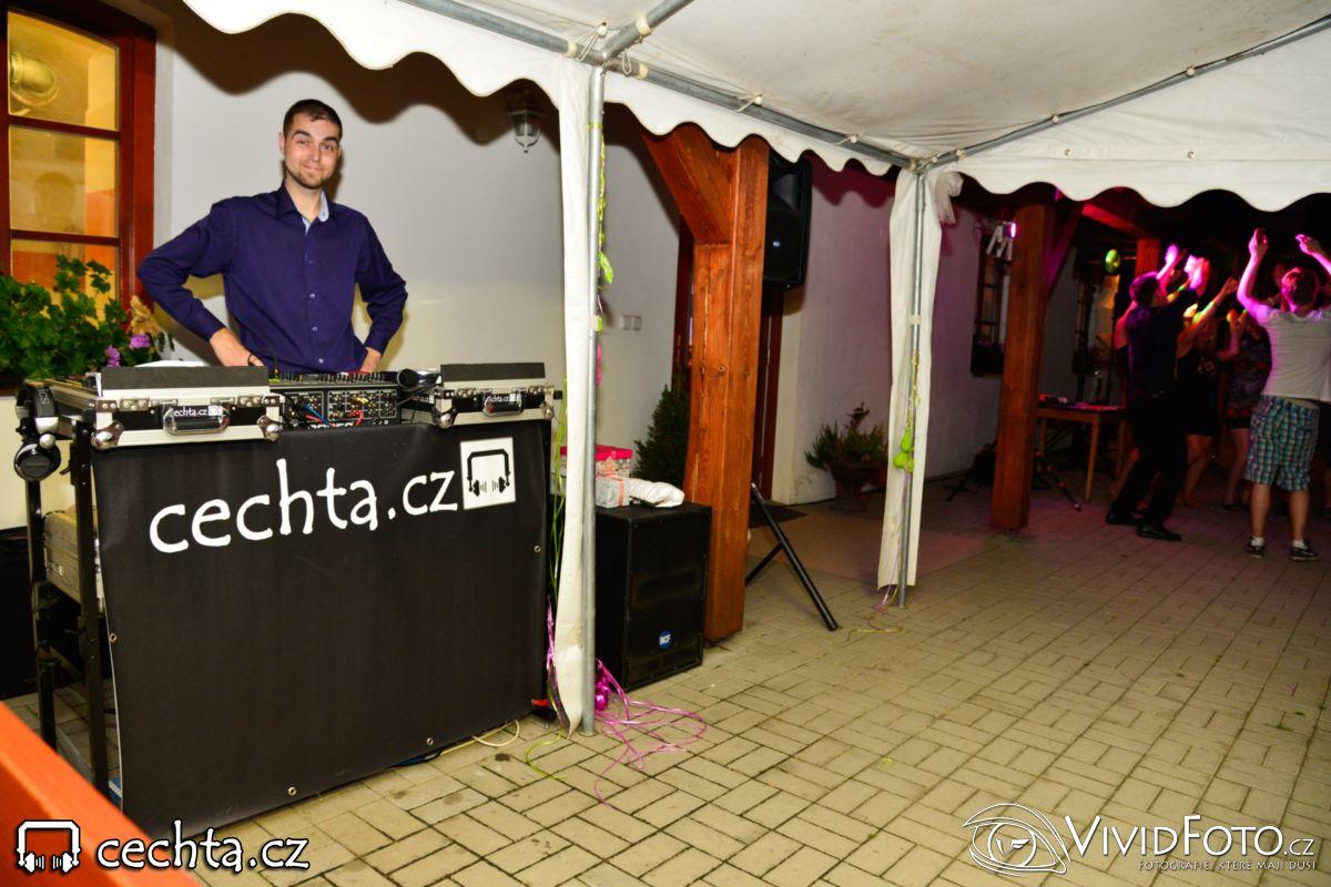 cechta - Svatební párty na terase... 19.07.2014