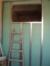 okno do koupelny