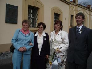 babičky a rodiče nevěsty