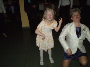 sestřenka a tetka v akci... :D