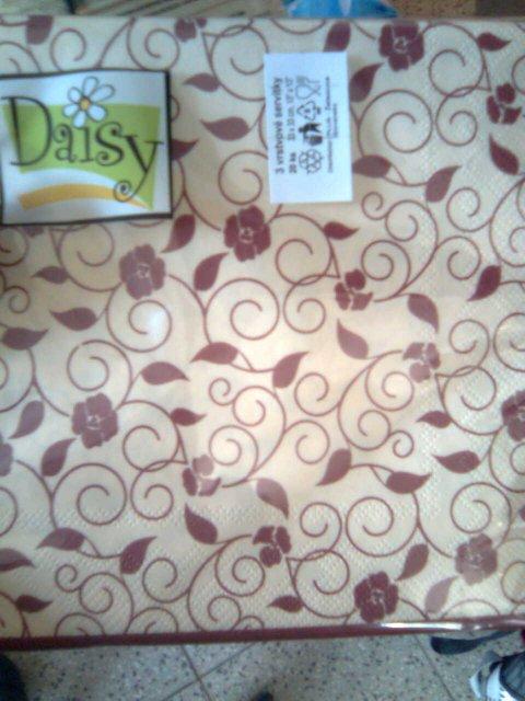 Ooooo šaty utkané z jahodovej peny - Obrázok č. 10