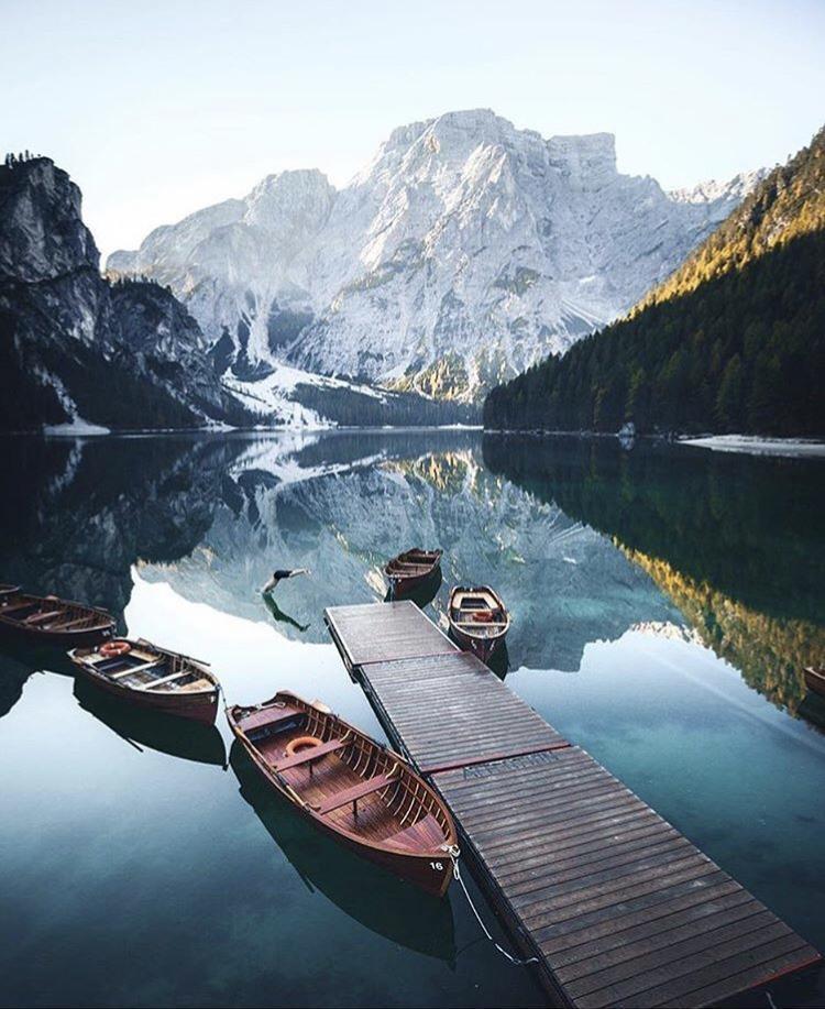 Romantická místa - zásnuby či dokonce svatba? - Lago di Braies - Itálie