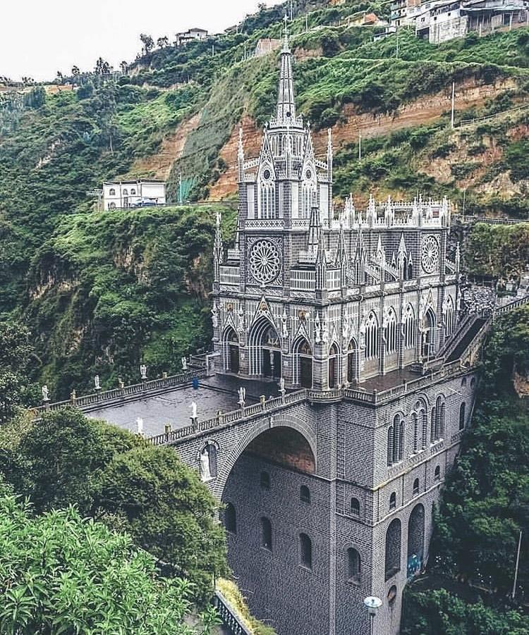 Romantická místa - zásnuby či dokonce svatba? - Las Lajas - Columbie