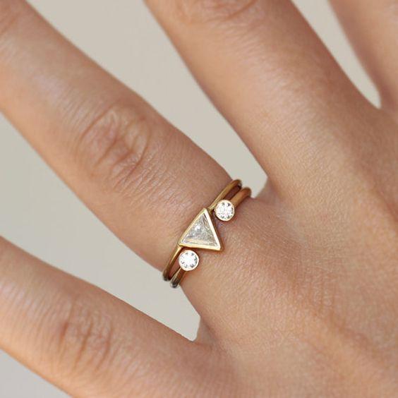 Super nápad na kombinaci zásnubního a snubního prstýnku. - Obrázek č. 9