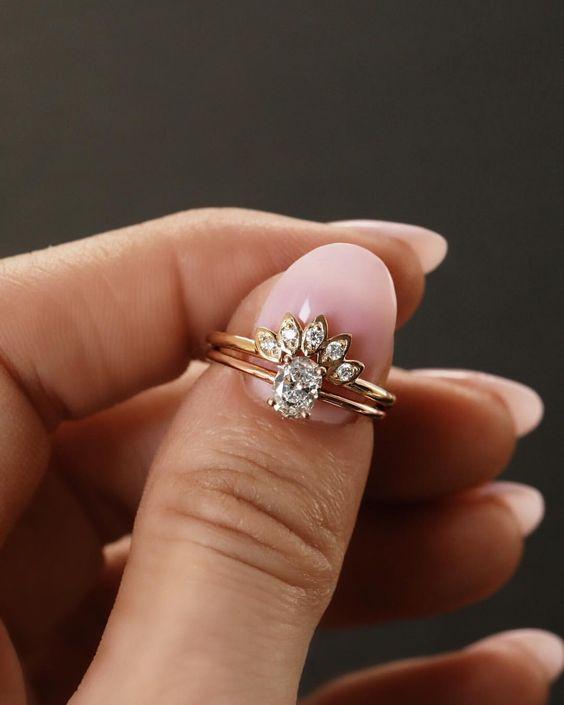 Super nápad na kombinaci zásnubního a snubního prstýnku. - Obrázek č. 12