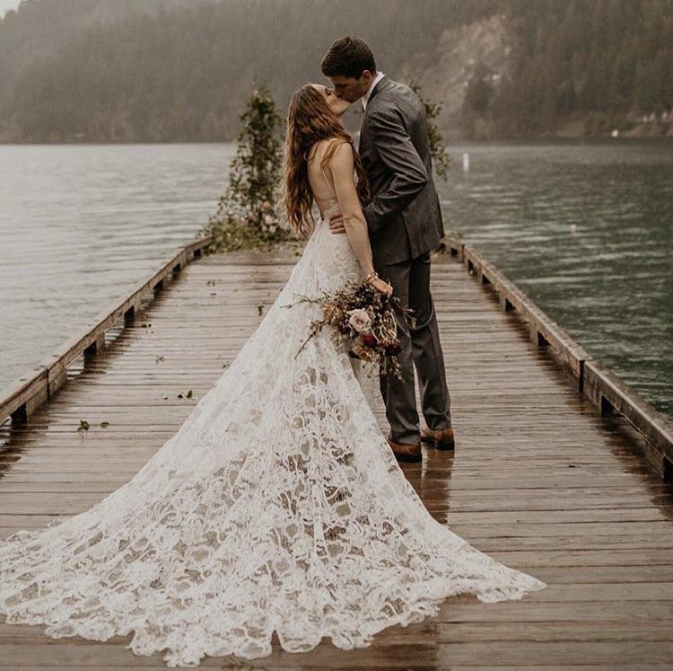 Svatební šaty - Obrázek č. 8