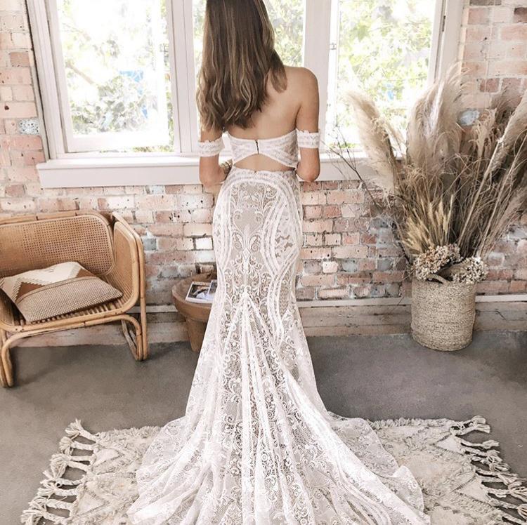 Svatební šaty - Obrázek č. 16