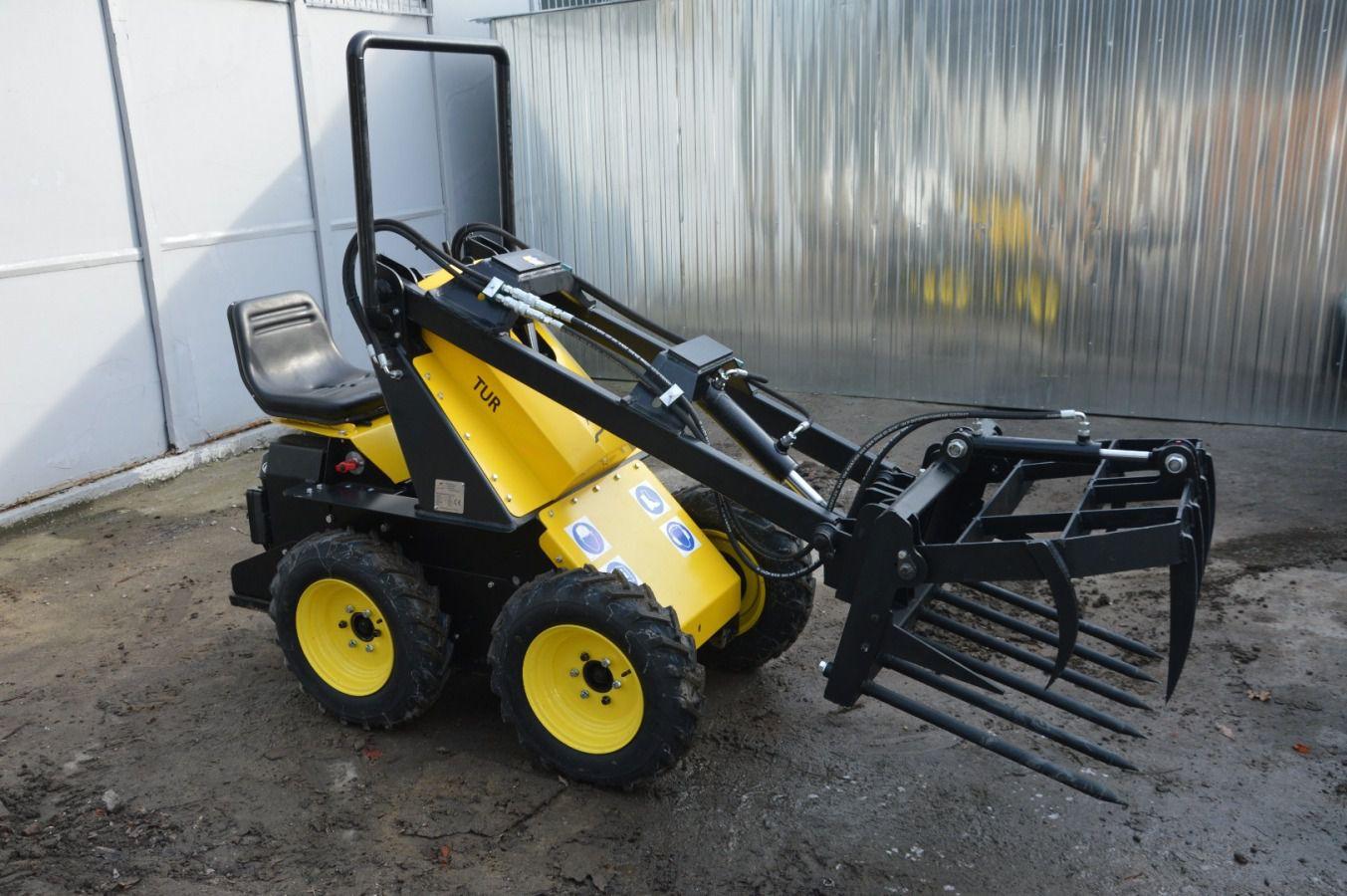 Skvelý silný a nekompromisný mini nakladač, ktorý využijete v stavebníctve, záhradníctve ale aj poľnohospodárstve a na farmách. - Obrázok č. 5