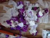 Mix dekoraci bilo-fialova,