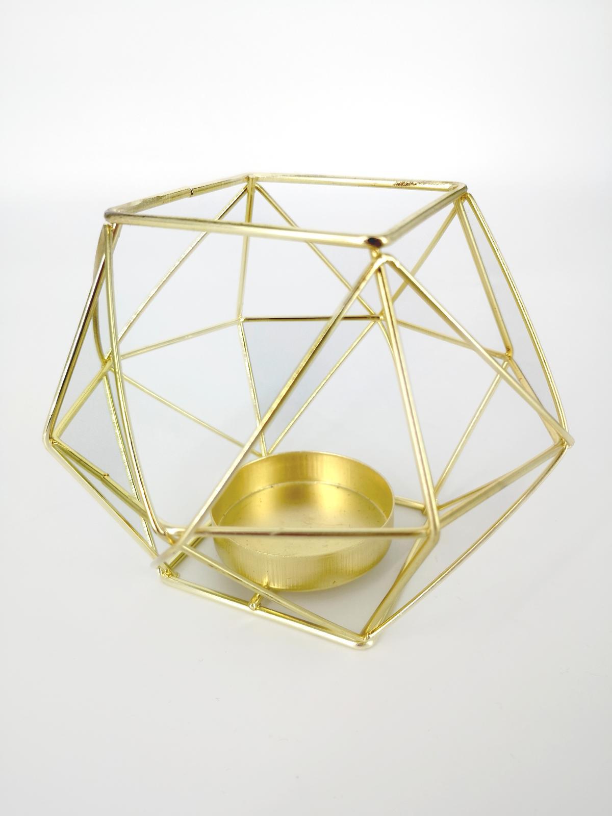 Prenájom - Zlatý svietnik na čajovú sviečku - Obrázok č. 2