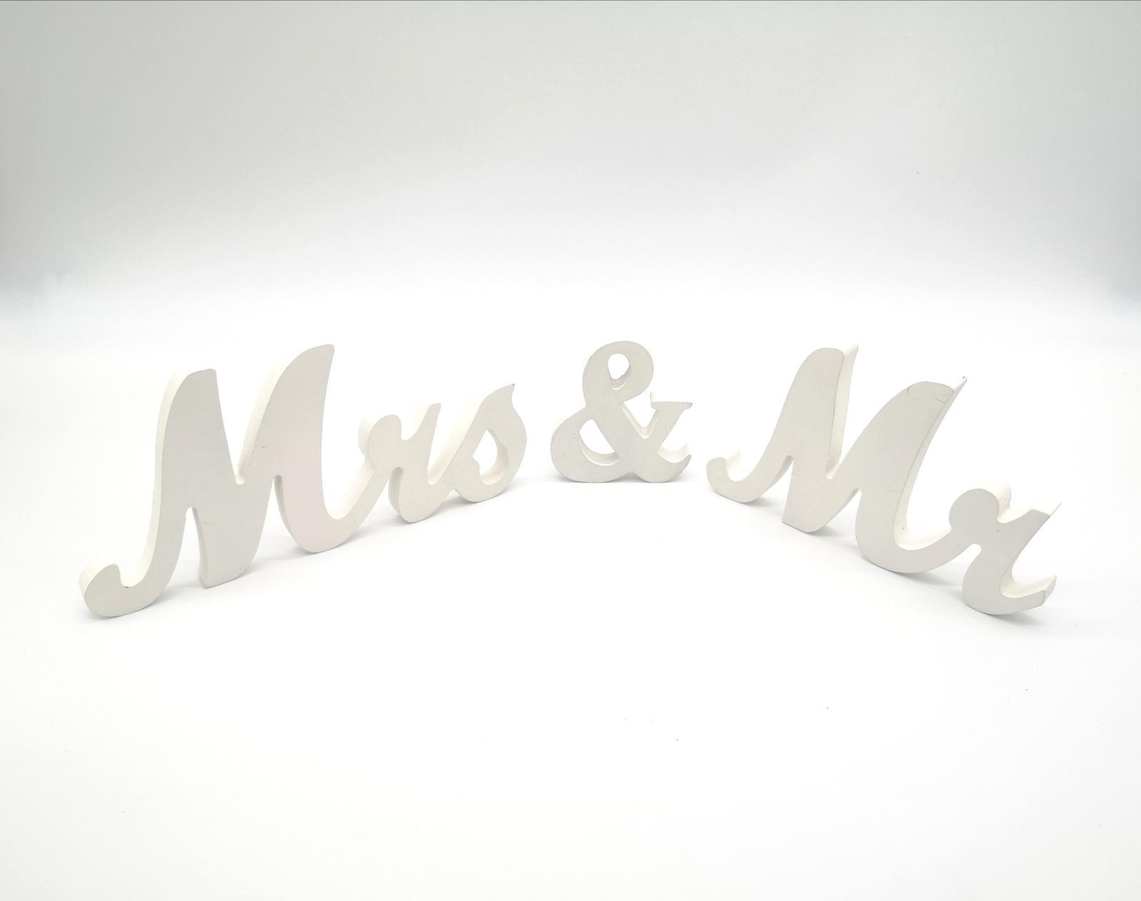"""Prenájom - Nápis """"Mrs & Mr """" - Obrázok č. 1"""
