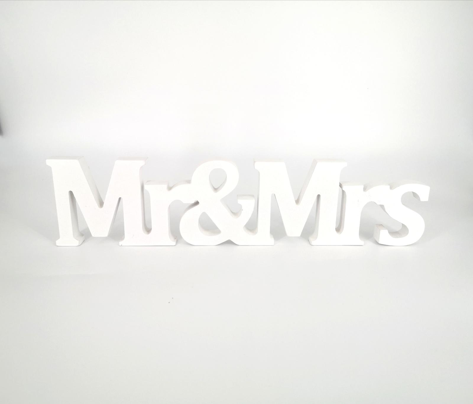 """Prenájom - Nápis """"MR&MRS"""" v celku - Obrázok č. 1"""