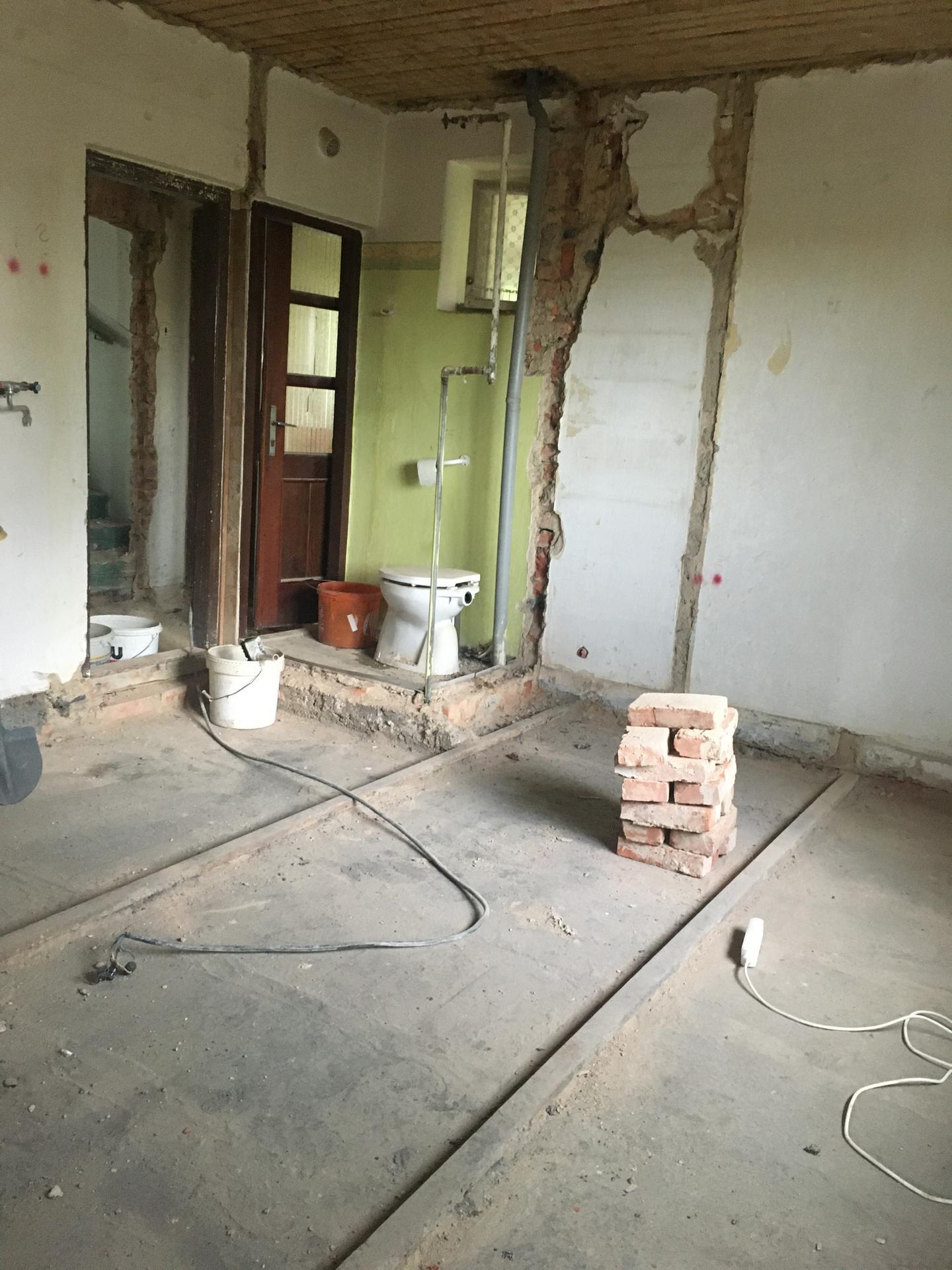 Rekonstrukce 🏡 20/21 - Demolice WC