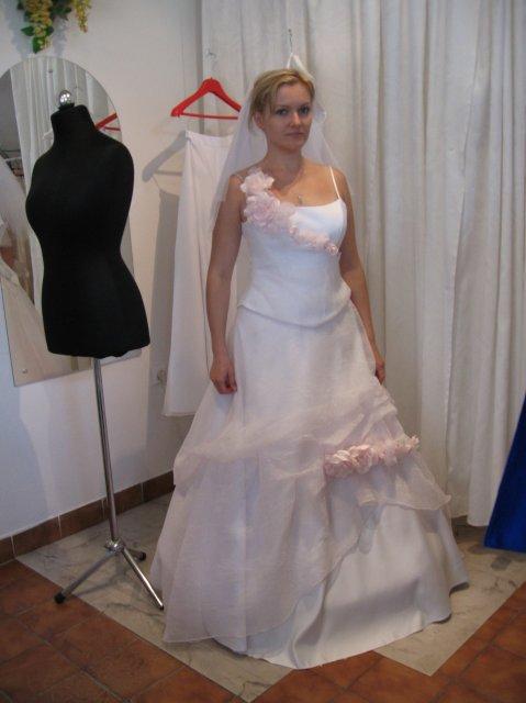 Miscellaneous - A toto sú šaty, ktoré som mala zajednané...