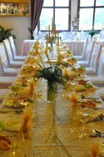 takto vyzerali stoly