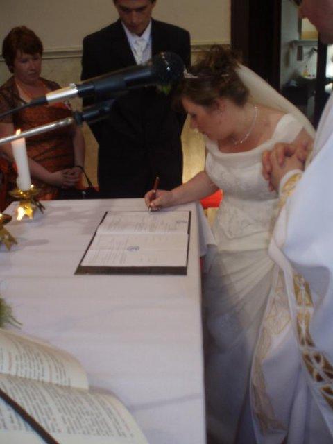 Zuzanka Lampertová{{_AND_}}Janko Kadja - nevesta sa musi podpisat novym menom