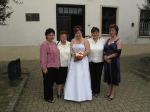 Ja, sestry meho muze a teta z Bratislavy