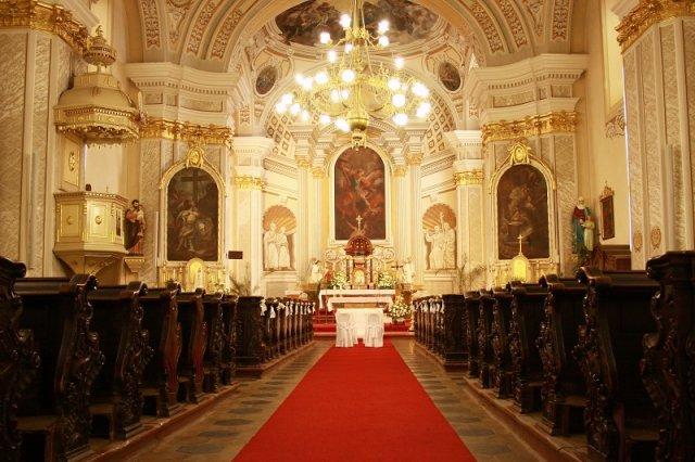 Katka a Minko - náš krásny kostol. Tak tu si povieme svoje ÁNO.