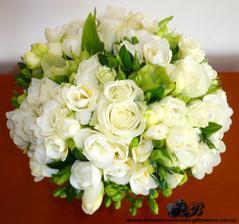 úžasná kyti :) kterou mi ovšem v mém bydlišti nikdo neuváže  :/