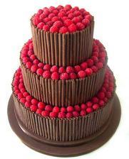 čokoládový dort akorát chceme s jahodami