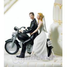 jako zapřísáhlí motorkáři možná toto:-)