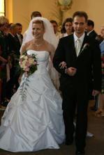Novomanželé Mikušovi