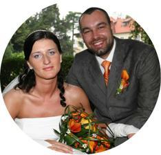 Novomanželé Bystrońovi