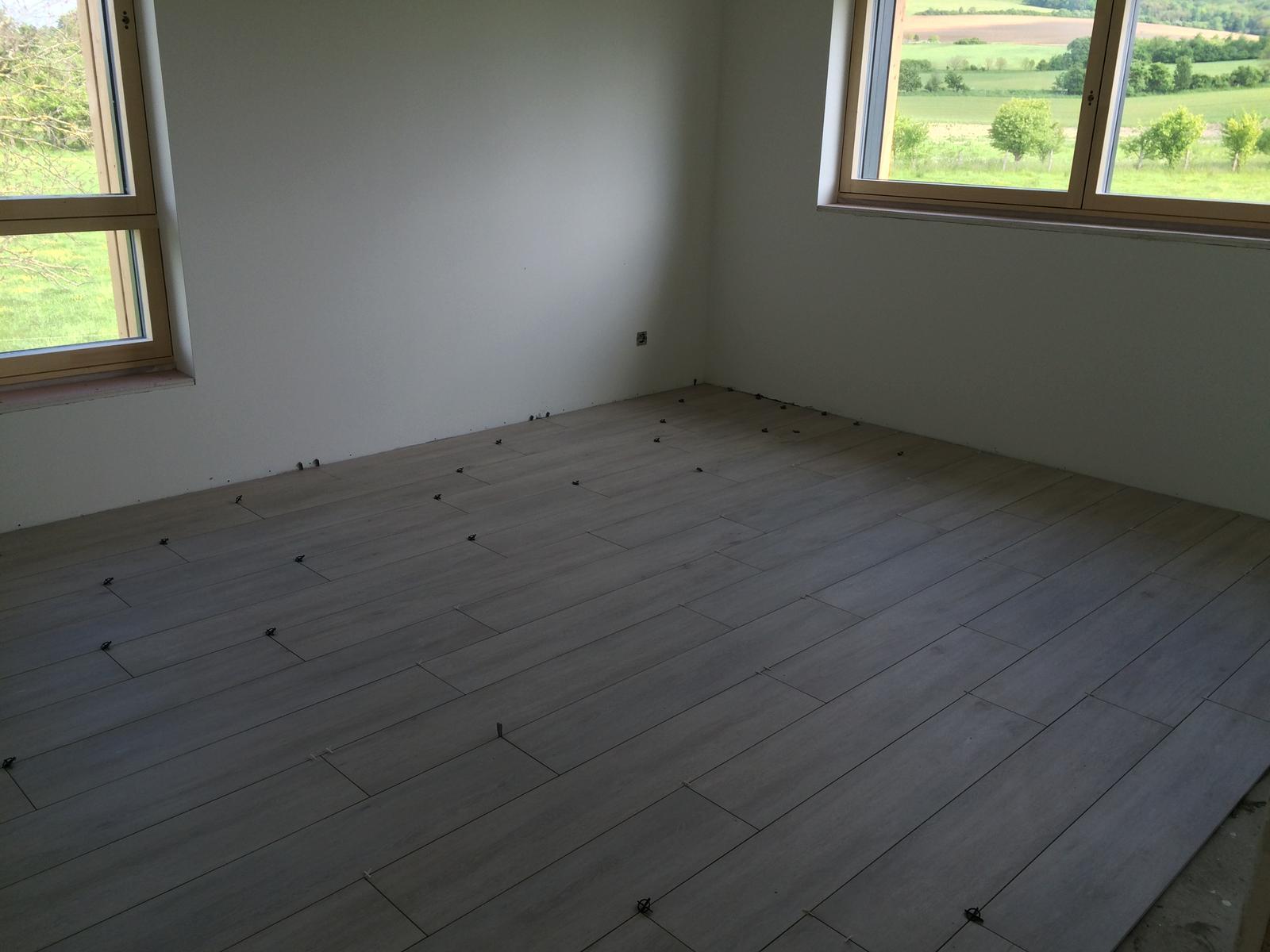"""Sedliacky dom, alias naša """"sýpka"""" - Podlaha v spalni skoro hotovo."""