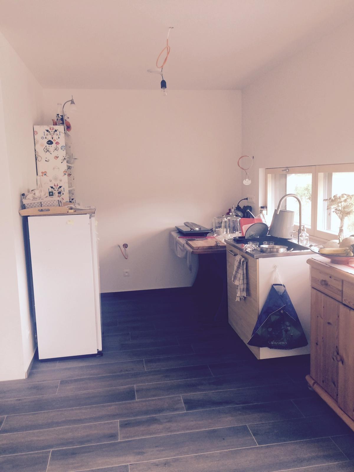 """Sedliacky dom, alias naša """"sýpka"""" - kuchyna zatial takto provizorne - """"kazdy pes ina ves"""" :-) na dobre treba cakat :-)"""